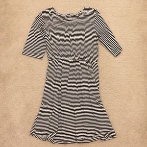 Girls Old Navy Black and White Striped Dress
